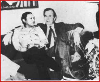 George_Bush_Manuel_Noriega
